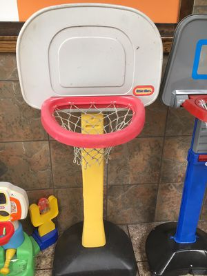 Little Tikes basketball hoop and stand for Sale in Florissant, MO