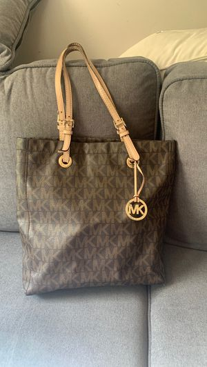 Michael Kors bag for Sale in Needham, MA