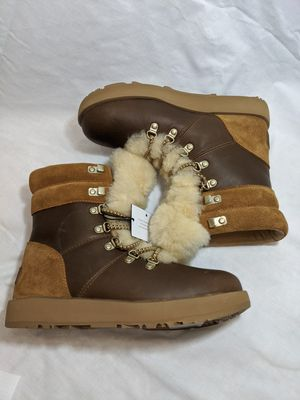 Womens size 6.5 UGGs winter boots throw offers for Sale in Manchester, MO