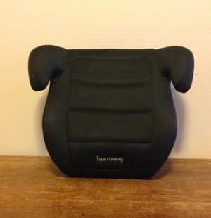HARMONY YOUTH BOOSTER CAR SEAT!!! EXP 2022 for Sale in Mooresville, NC