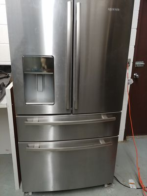 Jenn Air Refrigerator JFX2897DRM02 for Sale in Stoughton, MA
