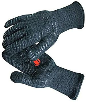 New GRILL HEAT AID Extreme Heat Resistant BBQ Gloves. for Sale in Camarillo, CA