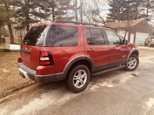 Ford Explorer 2007 título limpio 180 millas 4x4 for Sale in Silver Spring, MD