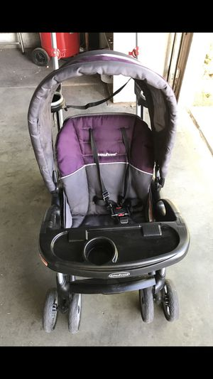Sit and stand baby stroller for Sale in Las Vegas, NV
