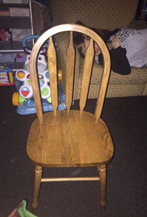 FREE WOODEN CHILDS CHAIR for Sale in Kenmore, WA