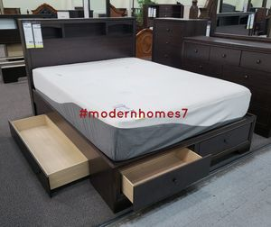 Low profile platform queen bed frame with 4 drawers for Sale in Rancho Cucamonga, CA