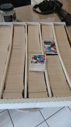 Hundreds of old baseball cards all taken care of for Sale in Sebring, FL
