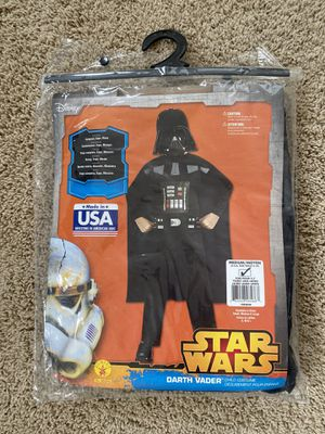 STAR WARS DARTH VADER Costume youth/kids medium size ( for 5 - 7years old ) for Sale in Chula Vista, CA