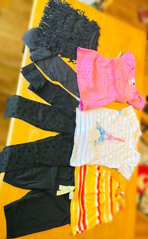 Girl's clothes for Sale in Summersville, WV