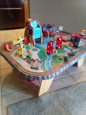 Train table tons accessories for Sale in Lehigh Acres, FL