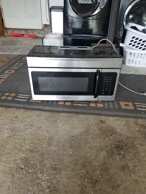 Frigidaire microwave for Sale in West Linn, OR