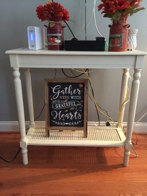 Antique console table barely used for Sale in Dundalk, MD