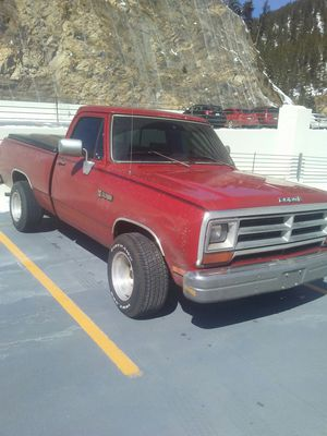 Dodge ram 1990 v6 3.9 automatica for Sale in Denver, CO