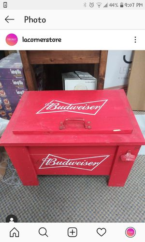 Slighty used (sitting in the store) Wooden Budwieser Cooler for Sale in West Haven, CT