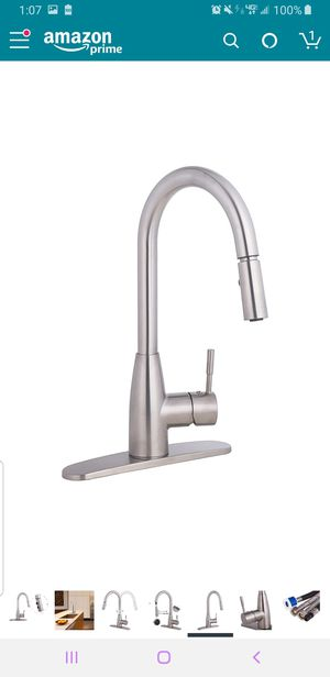 Brushed nickel KITCHEN FAUCET (NEW IN BOX!) for Sale in Phoenix, AZ