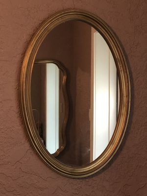 Oval mirror for Sale in Orlando, FL