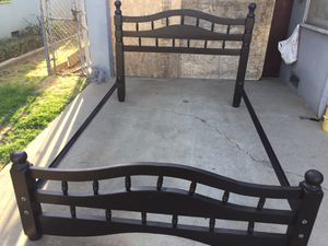 Black Queen bed frame in very good condition. for Sale in Fresno, CA