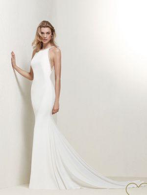 Pronovias Wedding Dress for Sale in PECK SLIP, NY