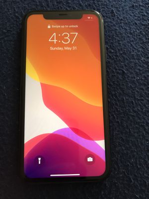 iPhone 11 64 gb AT&T and Cricket for Sale in Nashville, TN