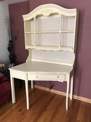 Vintage desk with hutch for Sale in Joliet, IL