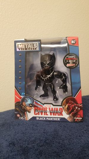 MARVEL BLACK PANTHER COLLECTIBLE FIGURE. for Sale in Corona, CA