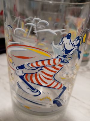 Disney Glass Goofy Collectible for Sale in NEW PRT RCHY, FL