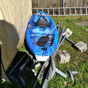 Blue And White Pelican Kayak Bandet 100 for Sale in Orlando, FL