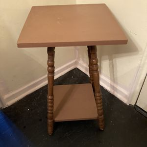 Wooden Table for Sale in White Plains, NY