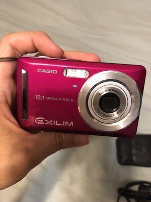 Casio EXILIM CARD EX-S10 10.1MP Digital Camera - Red for Sale in Austin, TX