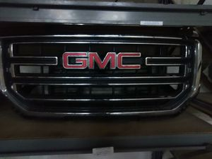 2015-18 GMC. Front end parts(Headlights Sold) for Sale in Pompano Beach, FL