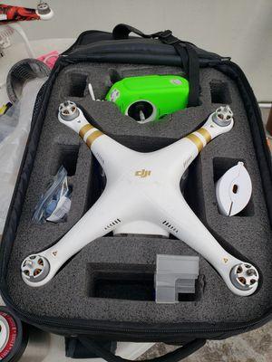 DJI Phantom 3 Professional w/ lotsa extras for Sale in Stuart, FL