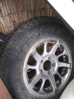 Tire. St 205/ 75R15 for Sale in Lake Elsinore, CA