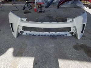 2019 Toyota Highlander front bumper for Sale in Orlando, FL