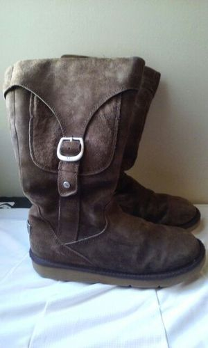 UGG women's boots size 9 for Sale in San Francisco, CA