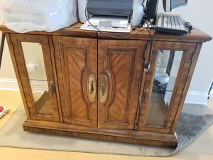Buffet table for Sale in Chicago, IL
