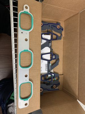 Intake gasket, upper and lower, brand new!! for Sale in Orlando, FL