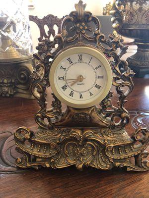 Antique small clock for Sale in Hialeah, FL