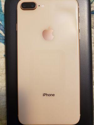 iPhone 8 Plus for Sale in Jensen Beach, FL