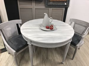 """Round table 46"""" 2 cane barrel chairs for Sale in Gaithersburg, MD"""