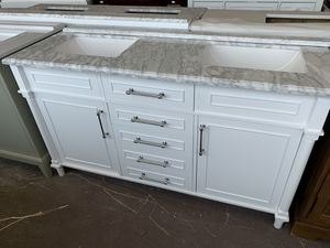 BIG BATH VANITY TRUCKLOAD SALE!! BARGAINMART MABLETON PLEASE SEE DESCRIPTION BELOW!! 👇🏻OPEN THIS SUNDAY 09/20/2020 for Sale in Mableton, GA