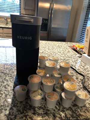 Keurig with 30 Starbucks variety coffee cups for Sale in Marietta, GA