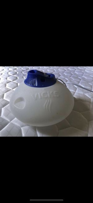 Vicks humidifier for Sale in Shoreline, WA