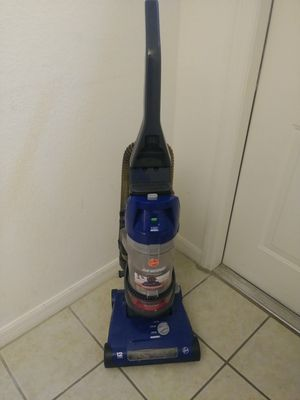 Hoover Rewind Vacuum- needs tube replacement or cleaning for Sale in Lake Wales, FL