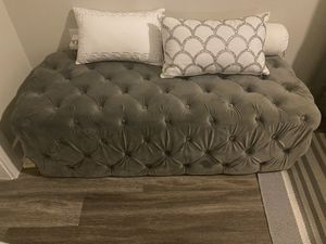 Grey Tufted Ottoman for Sale in VA, US