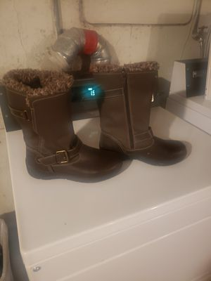 TOTES BOOTS SIZE 8 for Sale in Lakewood, CO