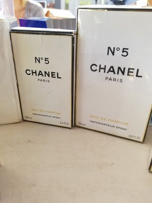 Perfume and makeup for Sale in San Lorenzo, CA