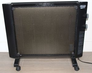 De'Longhi Mica Thermic Panel Heater Full Room Silent 1500W Adjustable for Sale in Los Angeles, CA
