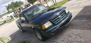 Ford ranger 2002 2.3L for Sale in Hialeah, FL