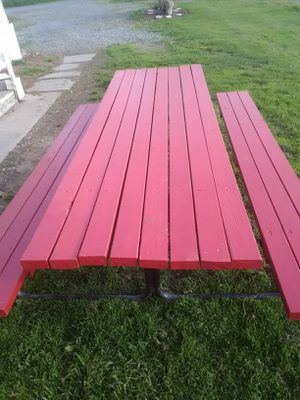 New painted picnic table for Sale in Williamsport, PA