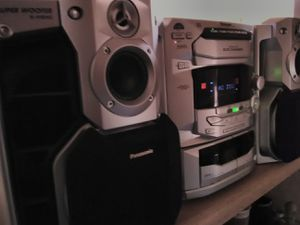 Panasonic 5-CD/Cassette/AUX Stereo System SA-AK29 for Sale in Irving, TX